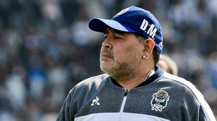Efsane futbolcu Maradona'ya veda