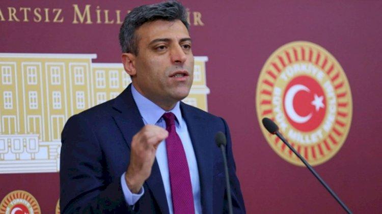 CHP'den ihraç edilmişti... Öztürk Yılmaz yeni parti dilekçesini teslim etti