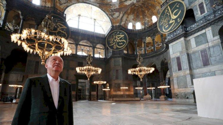 Ayasofya'nın halılarını Erdoğan seçmiş