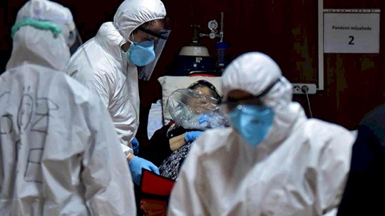 Bilim Kurulu üyesi uyardı: Sağlık çalışanları çok yoruldu