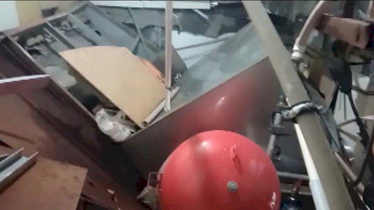 İstanbul'da hastanenin tavanı çöktü