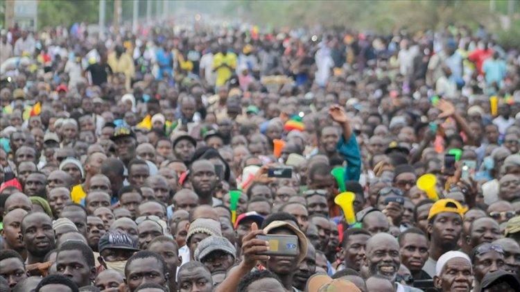 Mali'de askeri yönetime destek eylemi