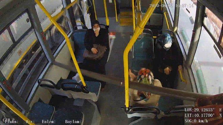 Ok gibi girdi... Yolcu otobüsünde kıl payı kurtuldular