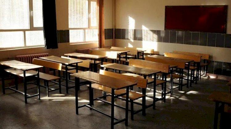 Öğretmenin testi pozitif çıktı, meslektaşları karantinaya alındı