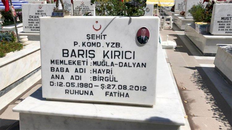 Şehit Yüzbaşı Barış Kırıcı mezarı başında anıldı