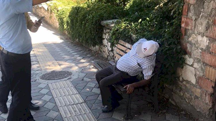 Bankta otururken kalp krizi geçirdi, 45 dakikalık kalp masajıyla hayata döndü
