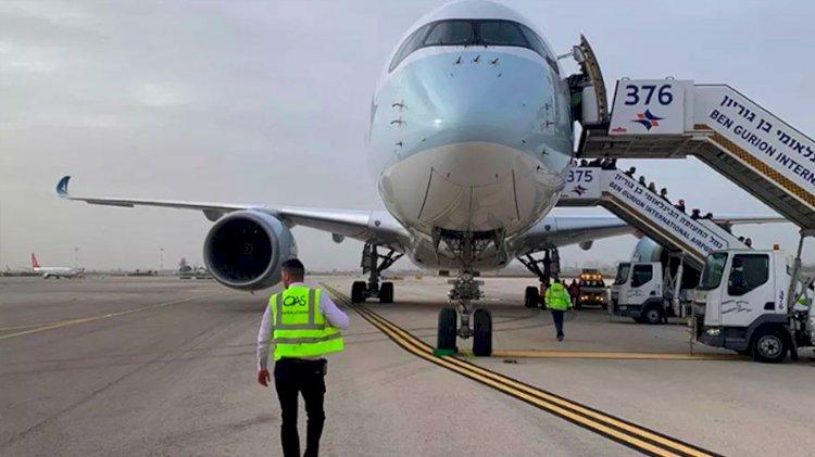 Uçağa binen koronavirüs hastasını yakınları ihbar etti, 12 kişi karantinaya alındı