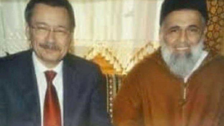 Melih Gökçek'in istismarcı tarikat lideri ile fotoğrafı ortaya çıktı