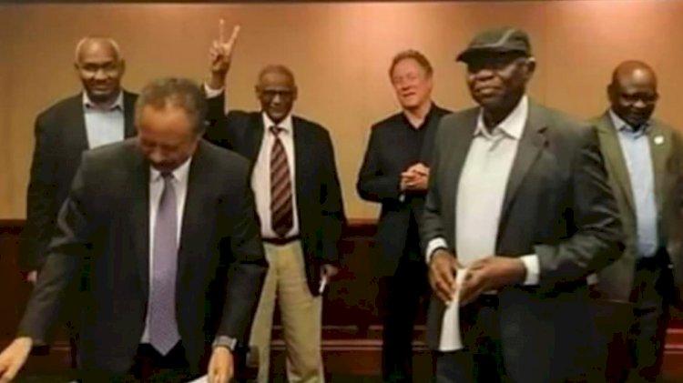 Sudan 'laiklik' dedi
