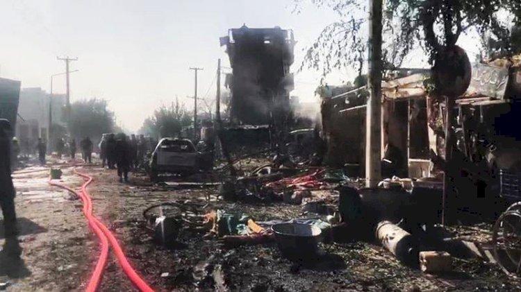 Afganistan Cumhurbaşkanı Yardımcısı'nın konvoyuna bombalı saldırı