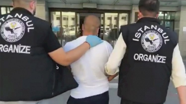 Eski futbolcu silah kaçakçılığından tutuklandı