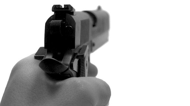 Giresun'da mübaşir, tartıştığı savcıyı silahla vurdu!