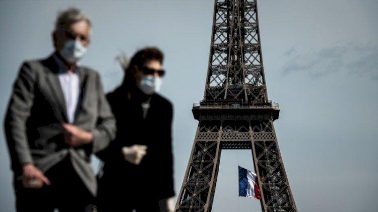 Fransa'da günlük vaka sayısı 10 bini aştı
