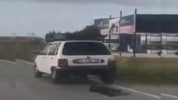 Aracının arkasına bağladığı köpeği metrelerce sürükledi