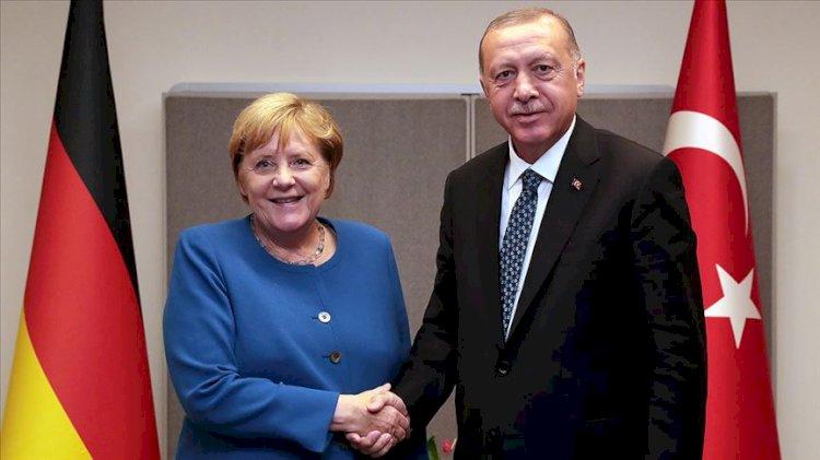 Erdoğan, Merkel ile Doğu Akdeniz'i görüştü!