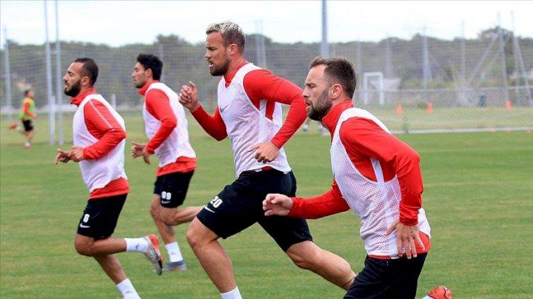 Antalyaspor'dan Kovid-19 test sonucu açıklaması
