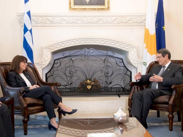 Yunan Cumhurbaşkanı hedefi açık etti:  Kıbrıs Helenizmi...