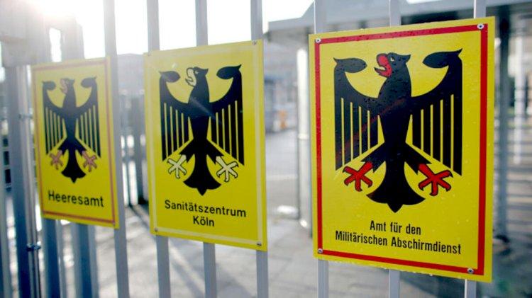 Almanya'da 'ordu içinde yapılanma' tartışması... Askeri istihbarat başkanı görevden alındı