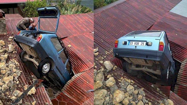 Akılalmaz görüntü... Evin çatısına araç düştü