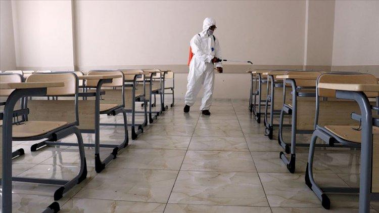 Kovid-19'lu öğrenci derse girdi tüm sınıf karantinaya alındı
