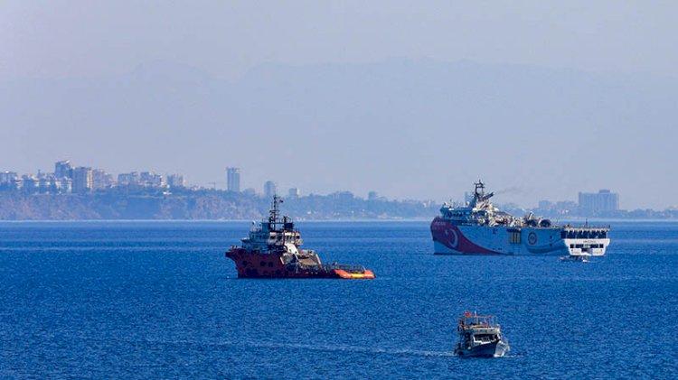 Yunanistan'ın NAVTEX'leri sonrası Oruç Reis limandan ayrıldı