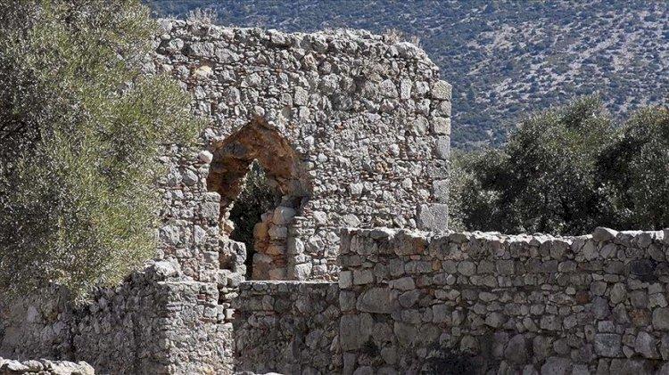 Kazılarda bulunan oyuncaklar Roma ve Türk dönemi yaşamına ışık tutuyor