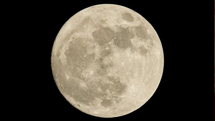 NASA'nın ay keşfi için 8 ülke imza attı