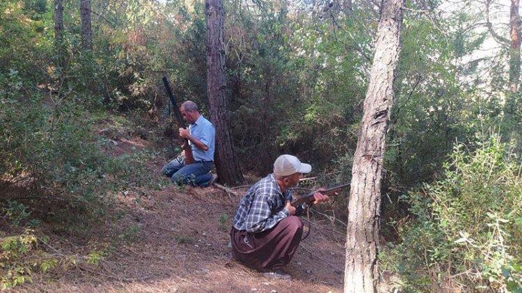 Köylüler tüfeklerini kuşandı... PKK'ya karşı orman nöbeti