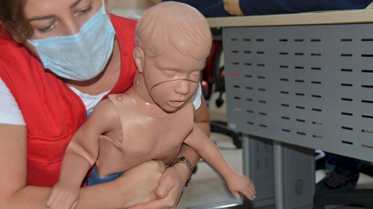 Boğazına cisim kaçan çocuğun hayatı nasıl kurtarılabilir?