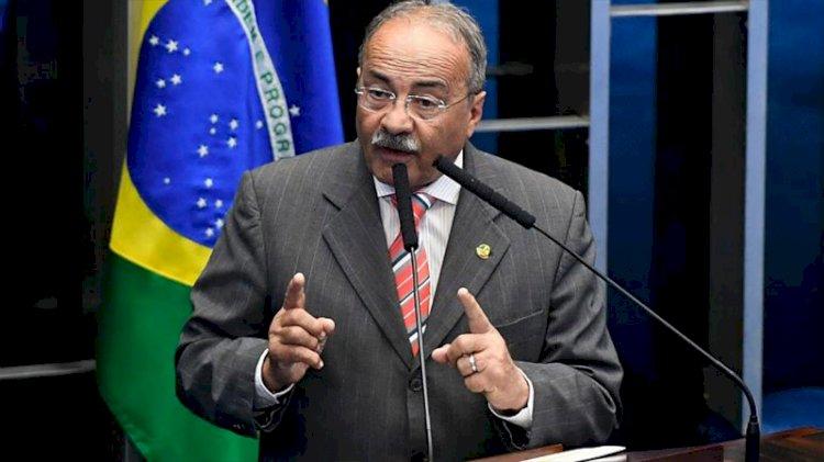 İç çamaşırında nakit para bulunan Brezilyalı senatör görevinden azledildi