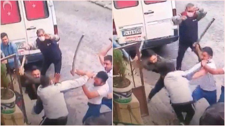 Arabasını park etti diye baltayla dövdüler