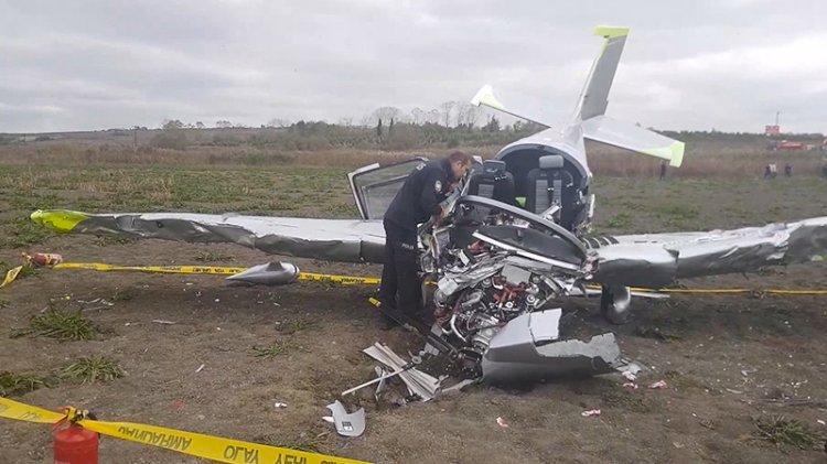 İstanbul'da düşen uçağın pilotu hayatını kaybetti