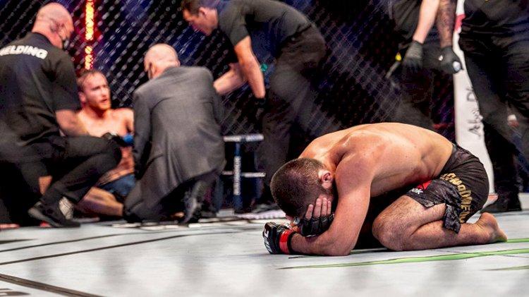 UFC şampiyonu Habib Nurmagomedov dövüş hayatını sonlandırdı