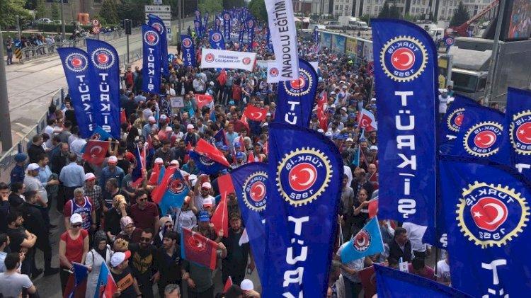 Türk-İş hükümetin paketine karşı sokağa çıkıyor... 81 ilde basın açıklaması yapılacak