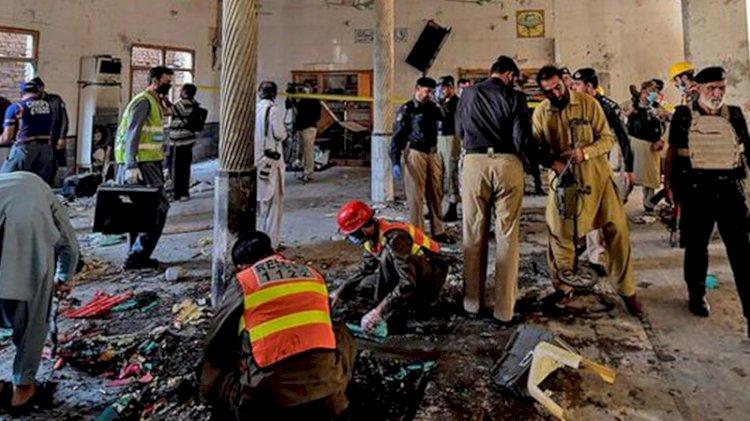 Pakistan'da öğrencilere saldırı: Ölü ve yaralılar var