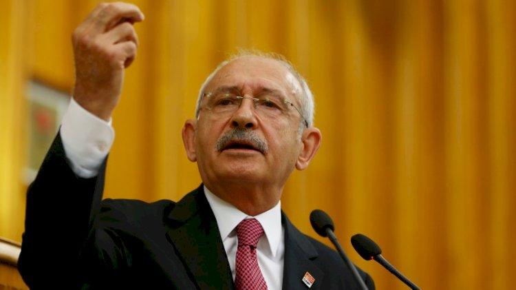 İstanbul Valisi'ne sert çıktı: Arabana Türk bayrağı değil AKP bayrağı as
