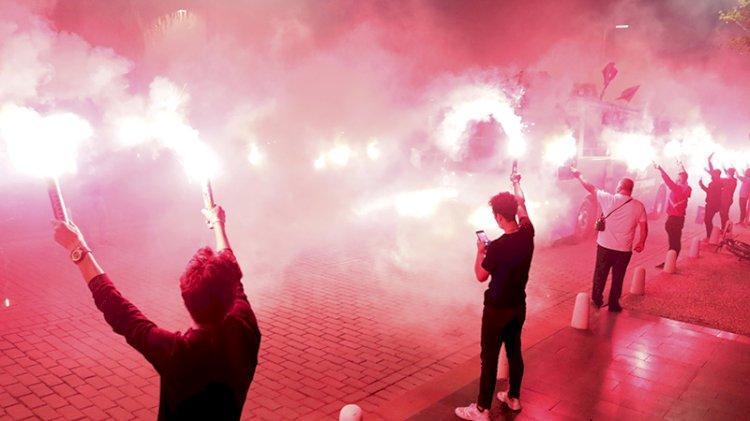 Antalya'da mobil fener alayı ile 29 Ekim şöleni