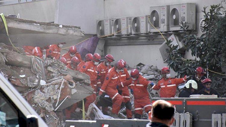 Çöken binanın asansöründe cansız bedeni bulundu