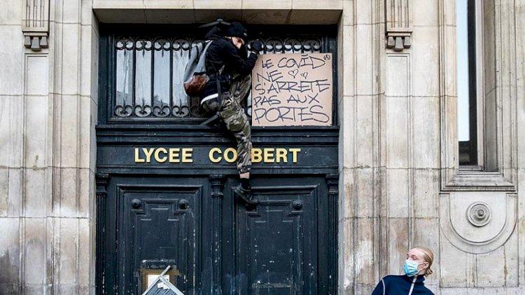 Fransa'da liseliler eylemde