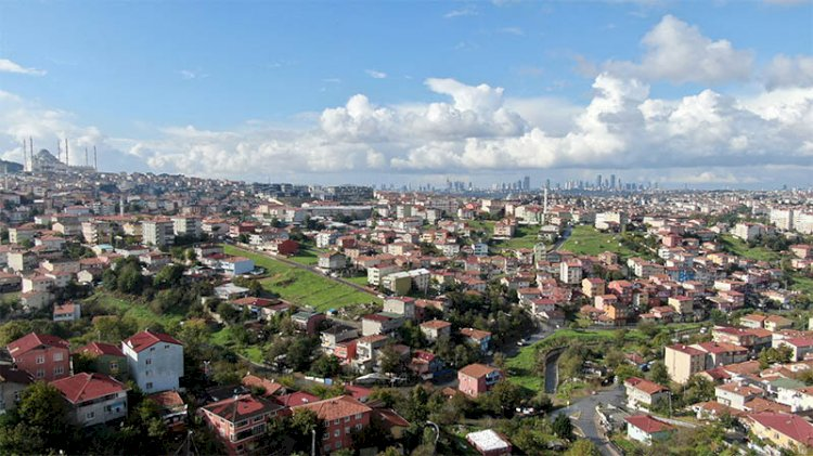 Ümraniye'de riskli ilan edilen mahalle sakinleri: Şu anda binalar sağlıklı değil