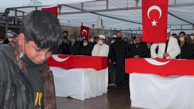 PKK'nın katlettiği işçiler için hazin tören