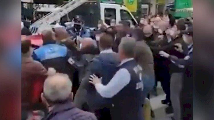 Fatih Belediyesi ile İBB zabıtaları arasında kavga: Ben İmamoğlu'nu tanımam!