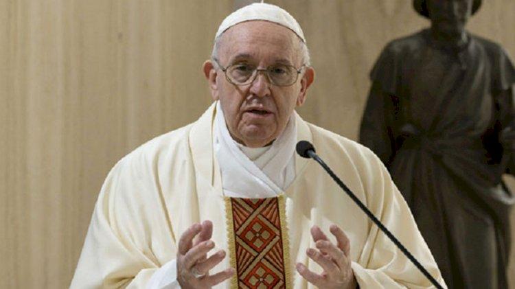 Papa'dan ilginç dua isteği