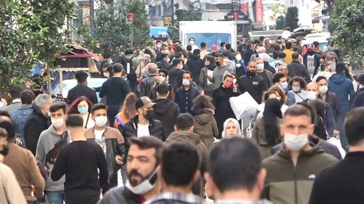 İstiklal Caddesi 'koronavirüs' dinlemiyor