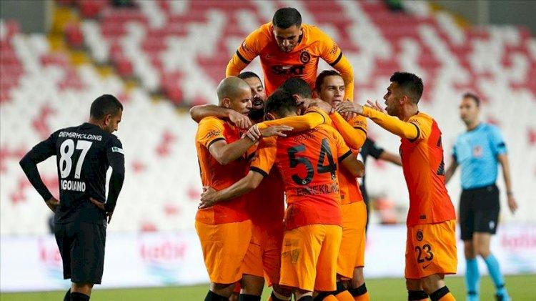 Galatasaray zorlu deplasmanda gülen taraf