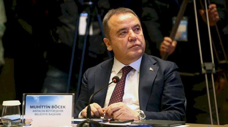 Antalya'da yetki krizi! Muhittin Böcek hastaneden müdahale etti