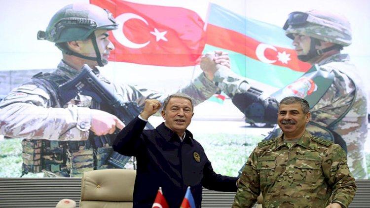 Akar ve komutanlar Azerbaycan'da