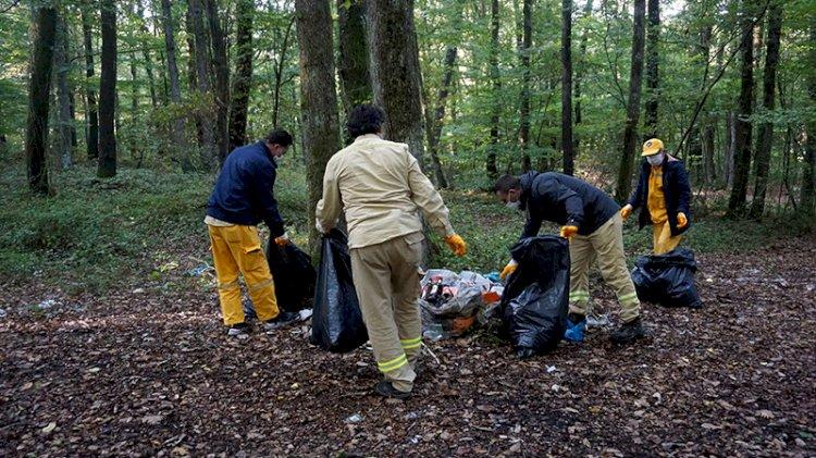 Piknikçiler arkalarında 9 ton çöp bıraktı