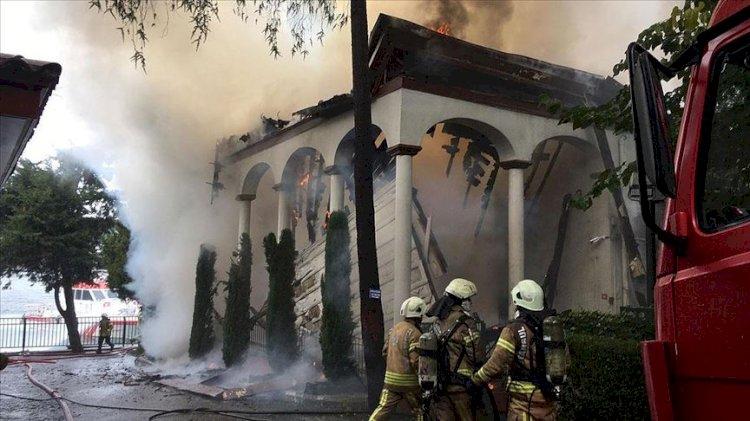 Vaniköy Camisi yanmadan önce tarikata devredilmiş!