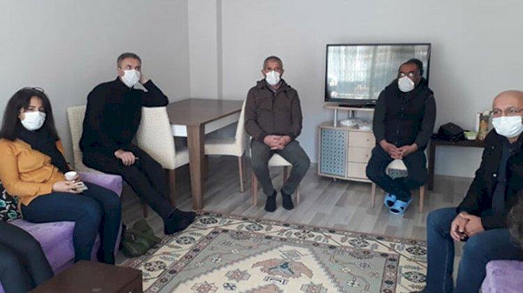 HDP milletvekili, PKK'lı teröristin ailesine taziyeye gitti
